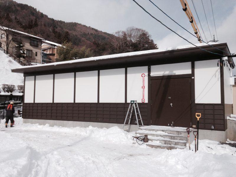 奈良井駅信号機器室 / Railway Machine Building In Narai Station